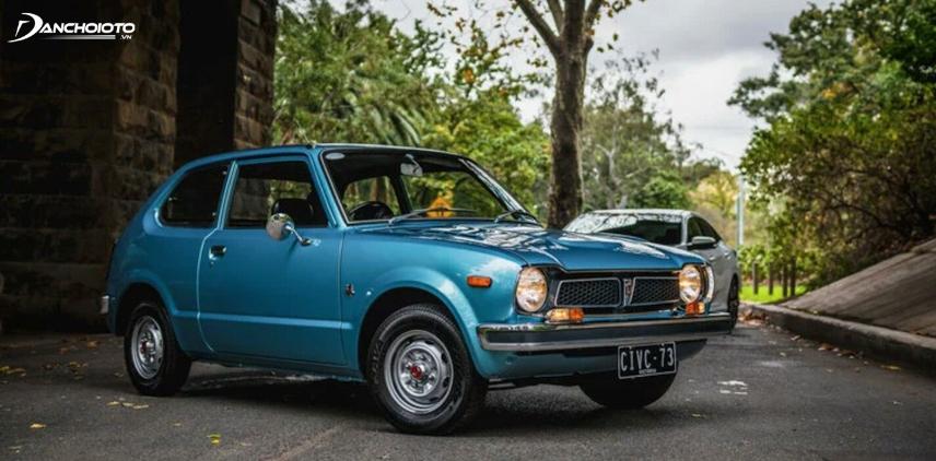 Năm 1973, Honda Civic lần đầu tiên được giới thiệu