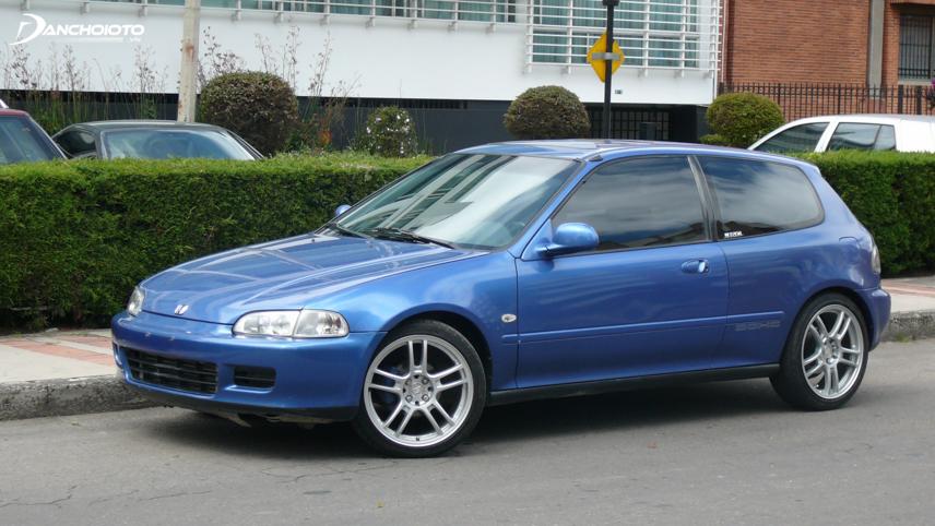 """Năm 1995, Honda Civic tiếp tục giành giải """"Chiếc xe của năm"""" tại Nhật Bản"""