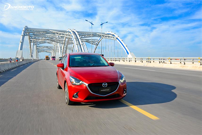Mazda 2 không được đánh giá cao về khả năng cách âm