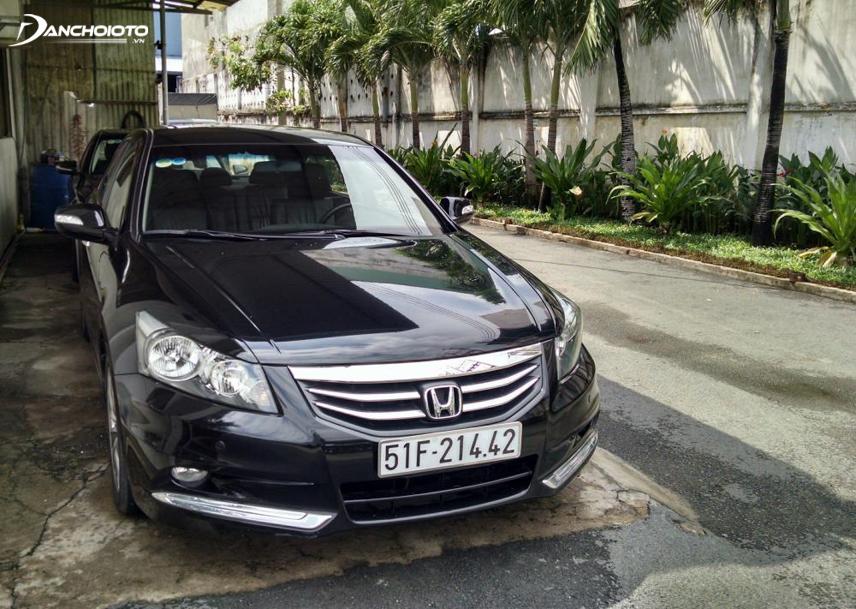 Honda Accord 2012 thu hút với calang hình lục giác cách điệu từ hình ảnh cánh chim