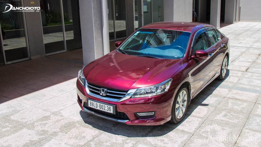 Honda Accord đời 2014 - 2015 có calang gọn gàng và mềm mại hơn