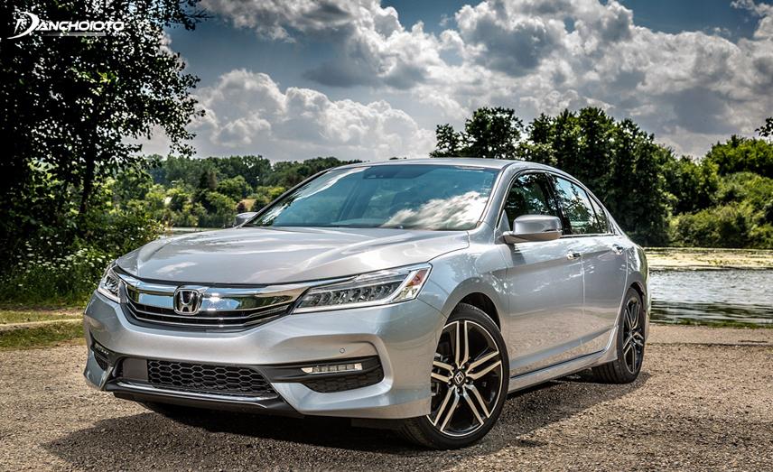 Honda Accord sản xuất từ năm 2012 đến 2017 được triệu hồi để kiểm tra và khắc phục lỗi công tắc trên gương chiếu hậu