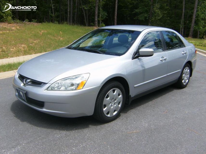 """Honda Accord trở thành một """"chuẩn mực"""" của dòng xe sedan hạng trung"""