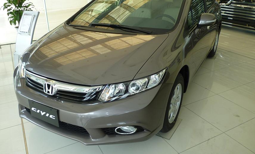 Honda Civic 2012 bị đánh giá không thay đổi nhiều so với thế hệ trước