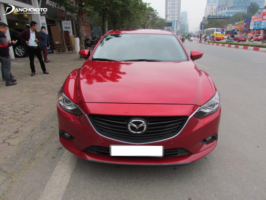 Mazda 6 sở hữu kiểu dáng thời trang dù đời cũ