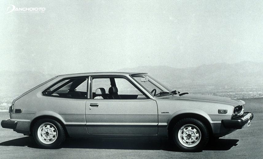 Năm 1976, Honda Accord bản hatchback chính thức được giới thiệu trên thị trường ô tô thế giới