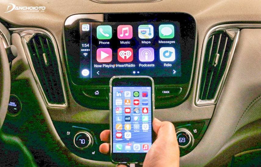 Điện thoại Iphone model mới cài ứng dụng Carplay