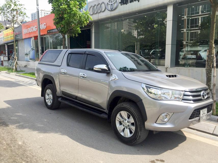 Mẫu bán tải Toyota Hilux cũ