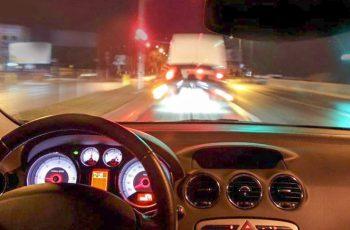 5 mối nguy hiểm dẫn đến hơn 90% vụ tai nạn khi người lái ô tô ban đêm