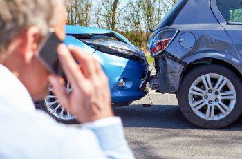 Chi tiết cách tính phí bảo hiểm vật chất xe ô tô