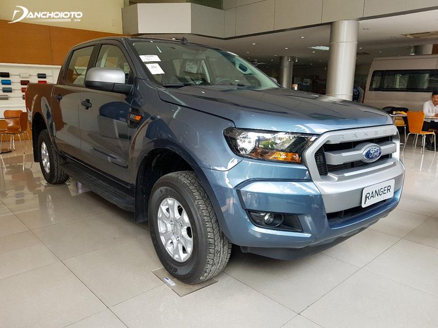 Ford Ranger XLS có kích thước lớn hơn Navara EL