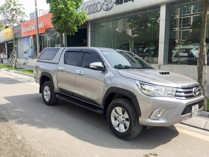 Toyota Hilux 2015 cũ là mẫu xe bán tải có thiết kế khá hiện đại và sang trọng