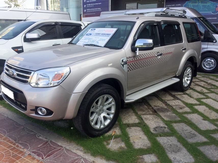 Ford Everest luôn là mẫu xe rất hút khách trên thị trường xe hơi cũ Việt Nam