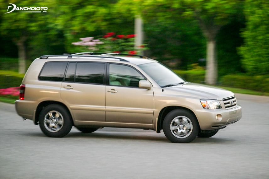 Toyota Highlander 2006 cuốn hút đối với những người dùng có sở thích về một chiếc xe cổ điển