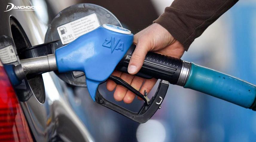 Tăng, giảm ga đột ngột gây tốn nhiên liệu