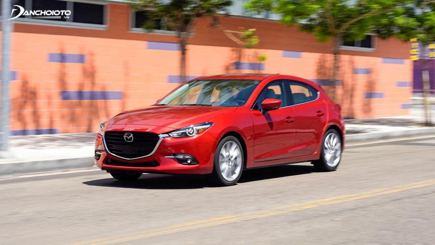 Mazda 3 vượt trội hơn hẳn về trang bị an toàn