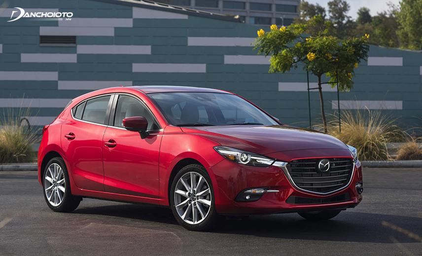 Giá xe Mazda 3 bản hatchback đắt hơn so với bản sedan