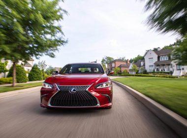 Lexus ES 2019 chính thức tung ảnh nóng