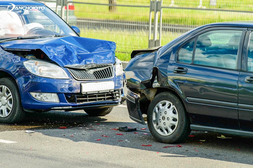 Công ty bảo hiểm chỉ đền bù nếu tai nạn xảy ra ở đường công cộng