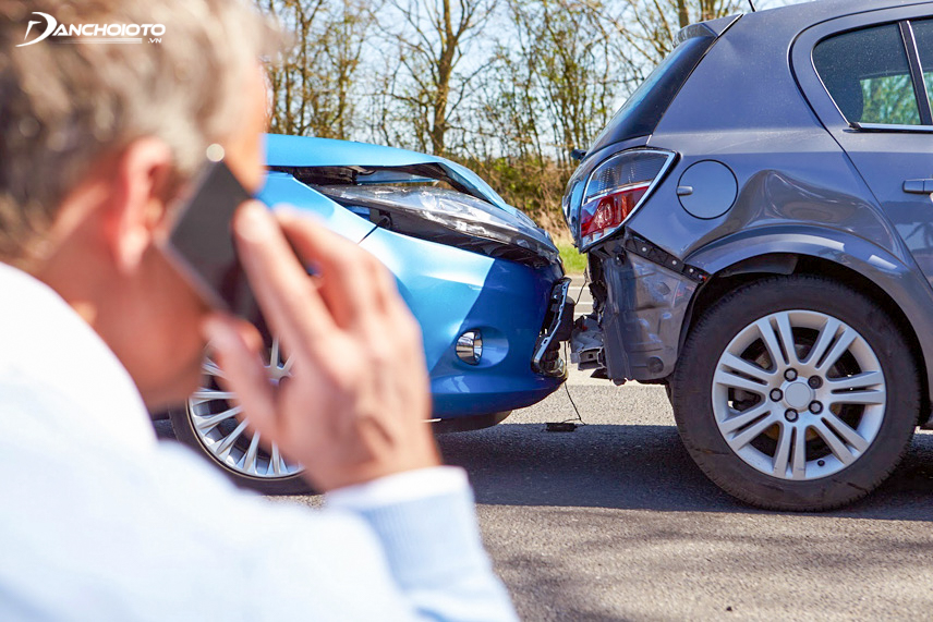 Nhanh chóng liên hệ với công ty bảo hiểm