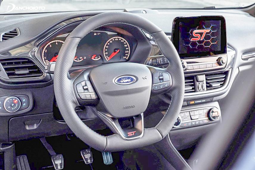 Fiesta 2018 được trang bị hệ thống SYNC