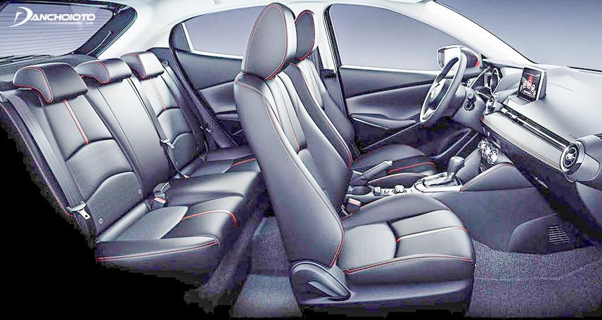 Không gian nội thất trên Mazda 2 2018