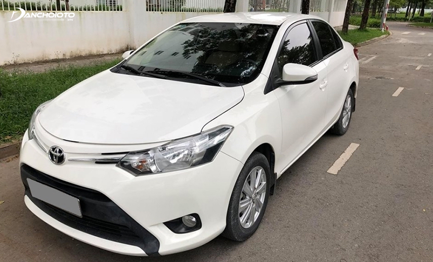 Mua xe Vios cũ giá 400 triệu, bạn có thể chọn được đời xe Toyota Vios cũ 2015 - 2016
