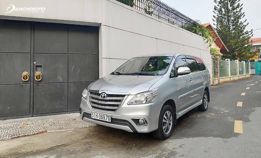 Mua xe Toyota Innova giá 500 triệu, có thể chọn xe Toyota Innova đời 2014 - 2015