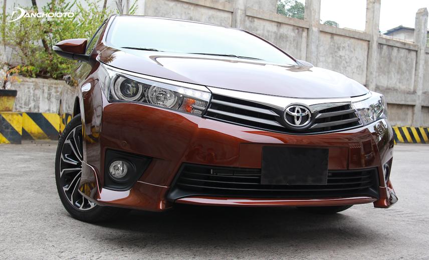 Toyota Corolla Altis 2013 - 2014 là xe Toyota giá 500 triệu nổi tiếng với động cơ bền bỉ