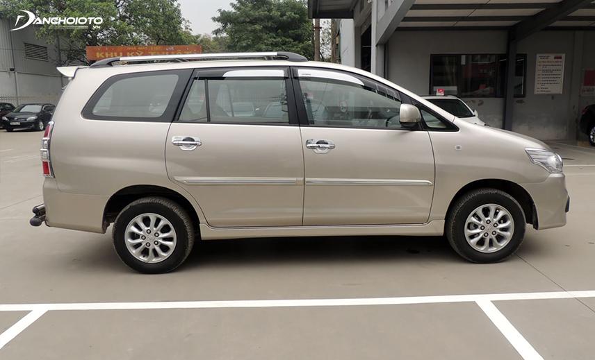 Toyota Innova cũ đời 2014 - 2015 vừa phù hợp chạy xe gia đình, vừa phù hợp chọn làm xe dịch vụ