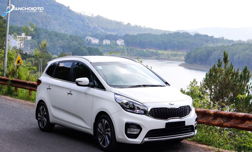 Kia Rondo 2019 là một trong các lựa chọn đáng tham khảo nếu đang phân vân 600 triệu nên mua xe 7 chỗ nào