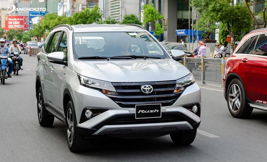 Nếu muốn mua xe Toyota giá 600 triệu 7 chỗ, người mua có thể cân nhắc đến Toyota Rush 2019