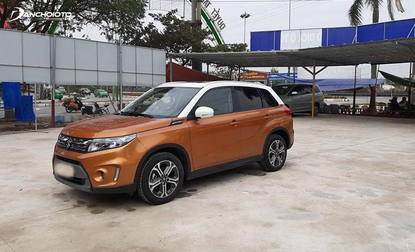 Trong nhóm xe 5 chỗ gầm cao 600 triệu cũ, Suzuki Vitara 2015 - 2016 cũ là một lựa chọn ở mức ổn
