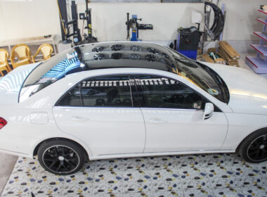 Kinh nghiệm bảo vệ lớp sơn xe ô tô màu trắng không lo xỉn màu