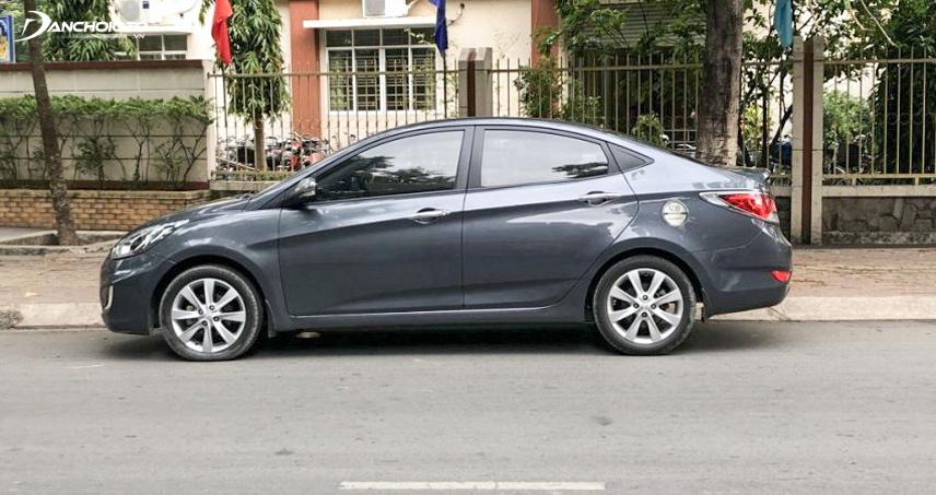 Khả năng vận hành của Hyundai Accent 2012 cũ khá mạnh mẽ và mượt mà