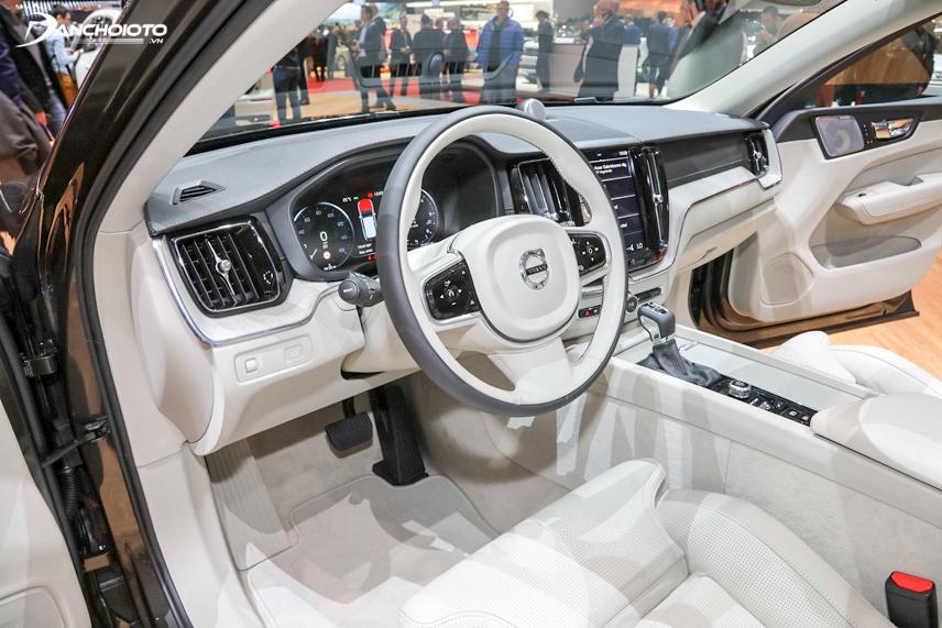 Khoang lái sang trọng của Volvo XC60