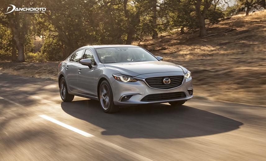 So với Hyundai Sonata và Kia Optima, Mazda 6 cũ 2015 - 2016 được đánh giá cao hơn trong tầm giá 700 triệu