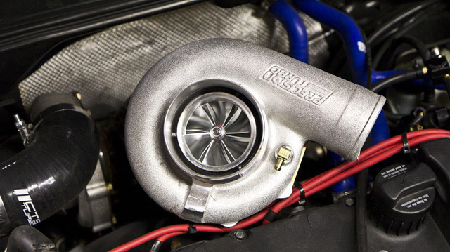 Động cơ tăng áp ô tô là gì