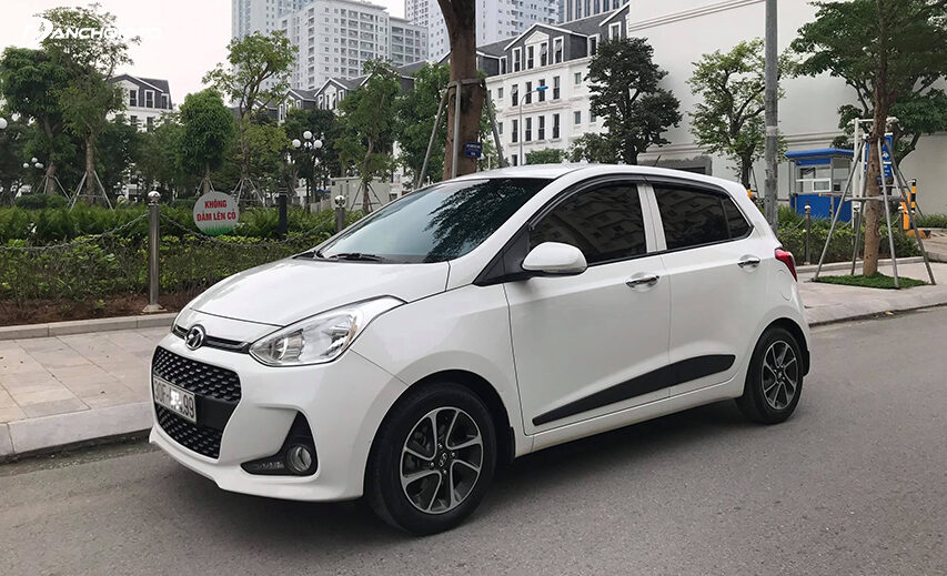 Xe Hyundai i10 cũ rao bán khá nhiều trên thị trường ô tô cũ