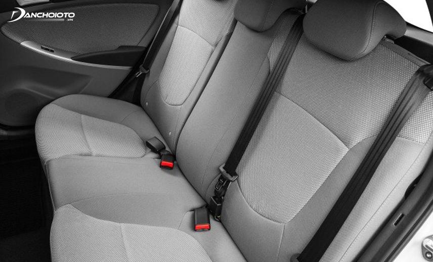 Không gian ghế ngồi Hyundai Accent thế hệ thứ 4