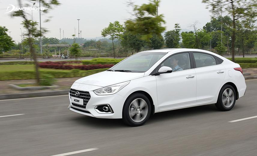 Với động cơ 1.4L, Hyundai Accent có nhiều mặt hạn chế nhất định trong vận hành