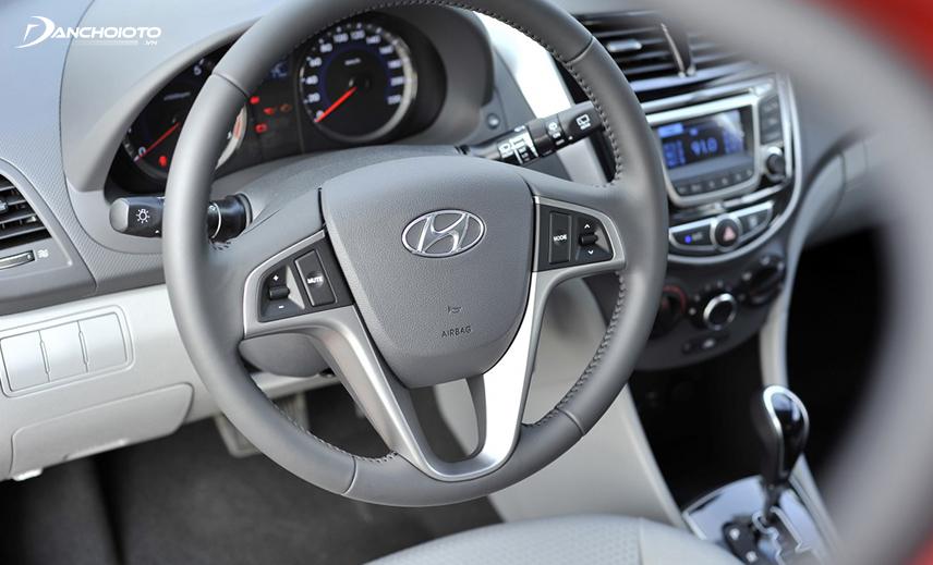 Vô lăng Hyundai Accent thế hệ thứ 4