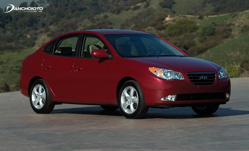 Hyundai Elantra thế hệ thứ 4 ra mắt vào năm 2006