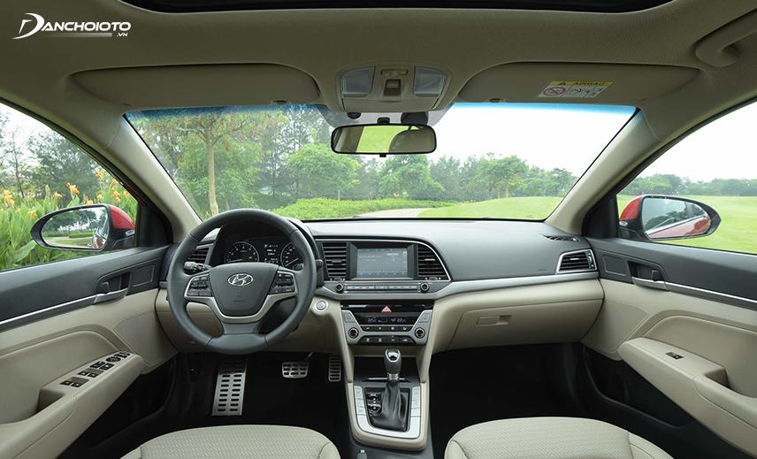 Taplo Hyundai Elantra 2016 - 2018