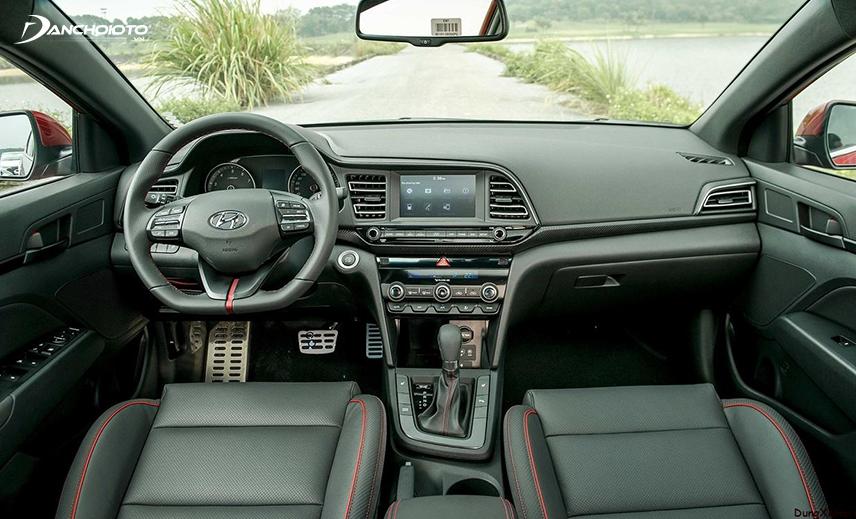 Taplo Hyundai Elantra 2019 - 2020