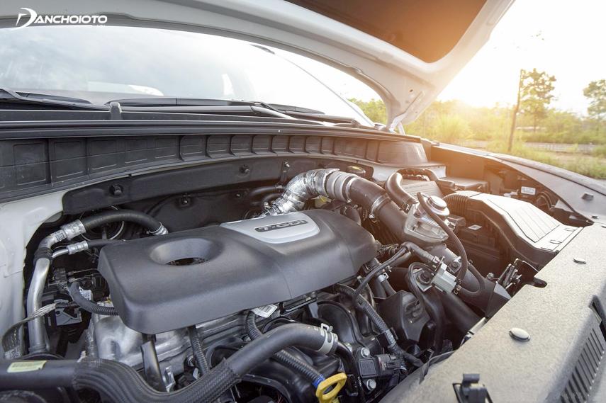 Tucson sử dụng động cơ dầu nổi tiếng của hãng Hyundai sẽ giúp cho xe tiết kiệm nhiên liệu hơn