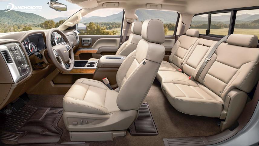 Không gian nội thất của Chevrolet Silverado 2018