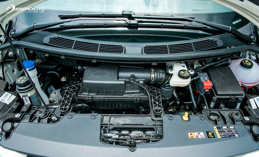 Ford Tourneo chỉ được trang bị động cơ xăng 2.0L Ecoboost