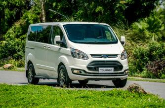 Bảng giá xe Ford Tourneo tháng 11/2019 - Đánh giá Ford Tourneo