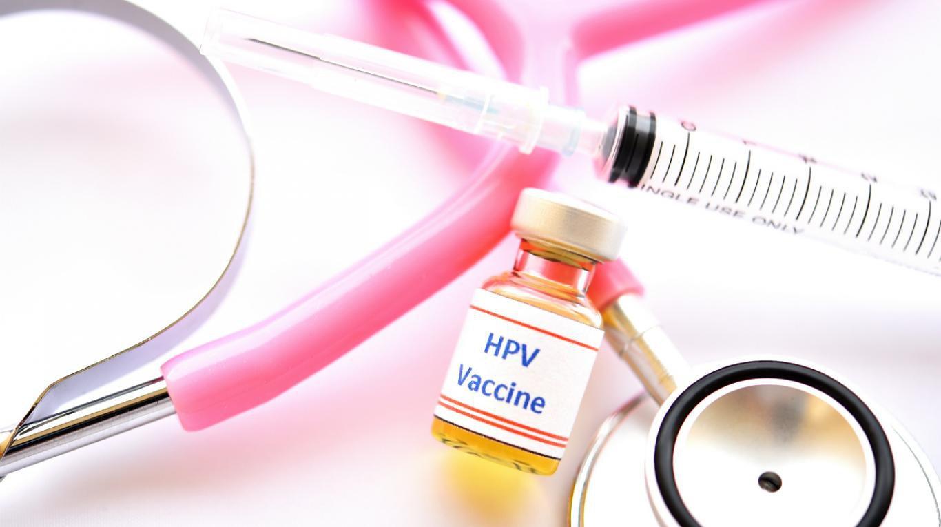 Tiêm vắc-xin ngừa ung thư